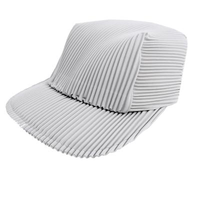 ISSEY MIYAKE 三宅一生PLEATS PLEASE褶紋鴨舌帽(灰白)