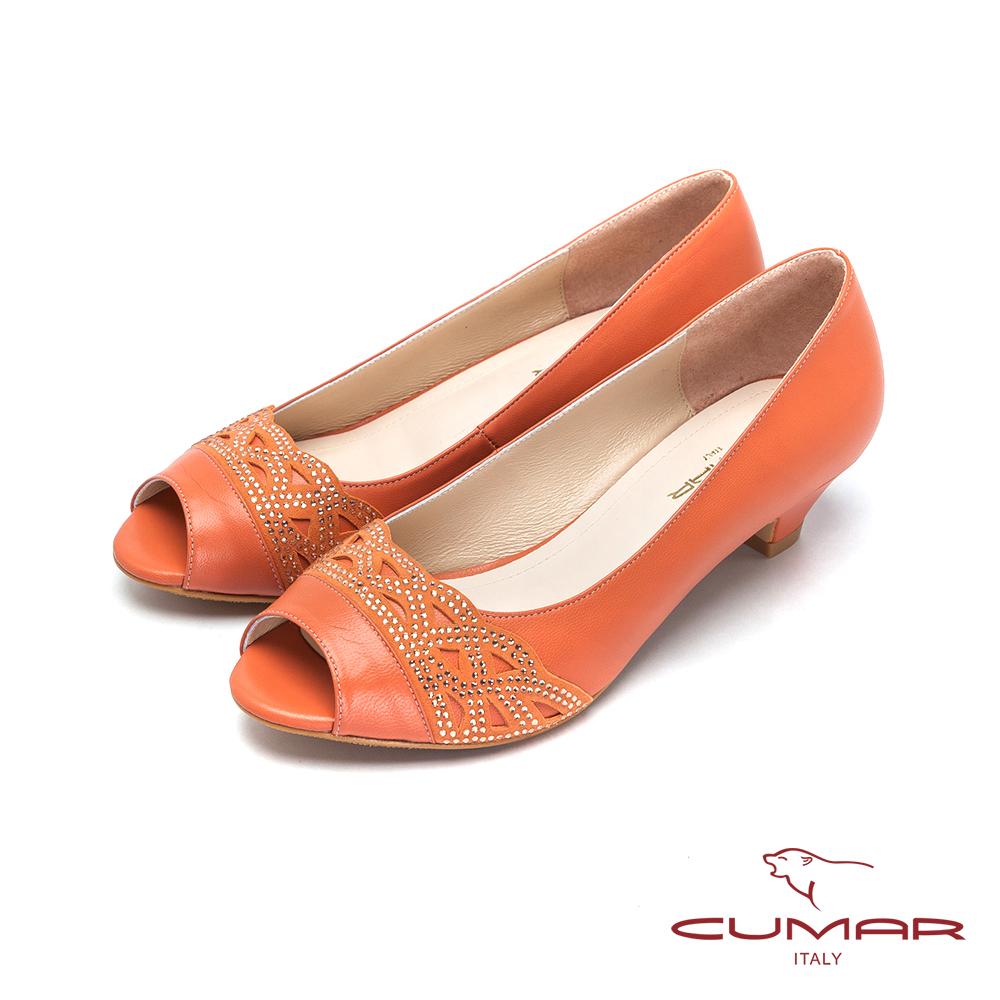 CUMAR-優雅氣質 水鑽低跟魚口鞋-桔