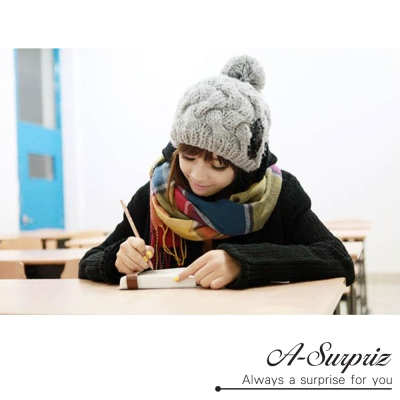 A-Surpriz 經典方格紋寬版仿羊絨披肩圍巾(彩虹格)