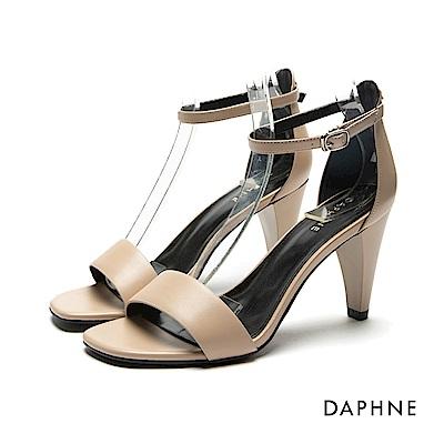 達芙妮DAPHNE 涼鞋-錐形鞋跟一字帶涼鞋-杏