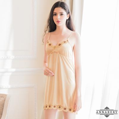 大尺碼Annabery低調奢華金色系柔緞性感睡衣 金色 L-2L Annabery