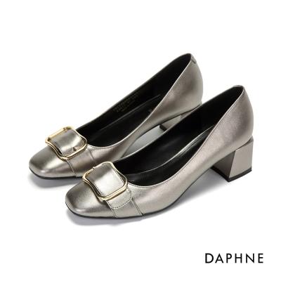 達芙妮DAPHNE 高跟鞋-金屬釦亮面方頭粗高跟鞋-錫