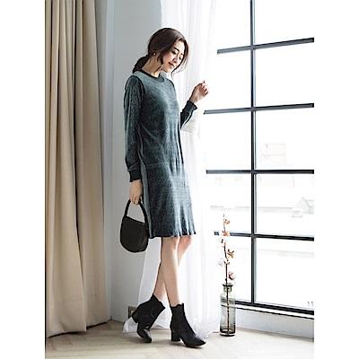 立體壓紋光澤絲絨洋裝-OB大尺碼