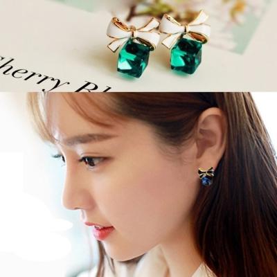 梨花HaNA 無耳洞水晶禮物綁上蝴蝶結小巧耳環夾式