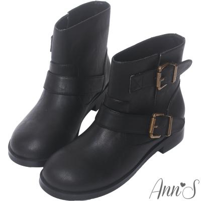 Ann'S復古擦色古銅雙帶圓頭平底短靴-黑