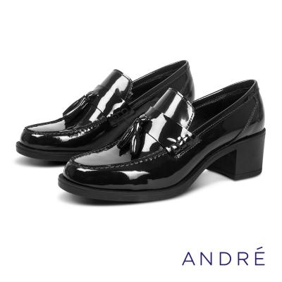 ANDRE-學院風流蘇粗跟高跟鞋-沉穩黑