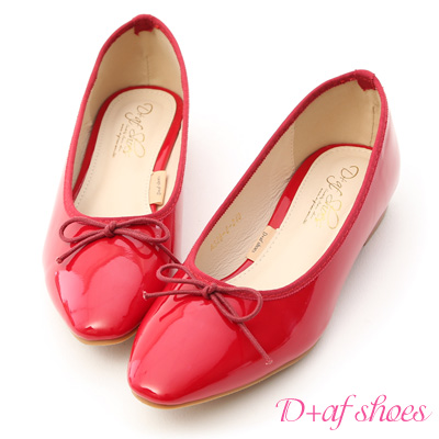 D+AF 氣質典雅.漆皮低跟芭蕾娃娃鞋*紅