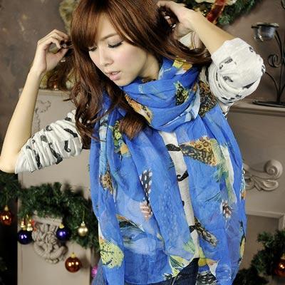 Aimee-Toff-墨繪欉林鳥獸旋舞圍巾-藍