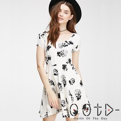 印花圓領短袖連身洋裝(白色)-OOTD