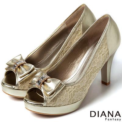 DIANA 現代潮流--浪漫蕾絲蝴蝶結魚口跟鞋-金