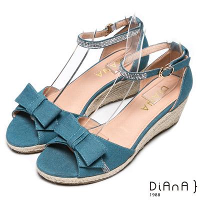 DIANA 俏麗佳人--甜美牛仔蝴蝶結水鑽麻編楔型涼鞋-淺藍