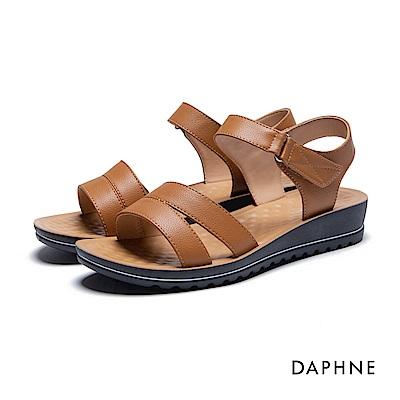 達芙妮DAPHNE 涼鞋-魔鬼氈按摩顆粒平底涼鞋-棕