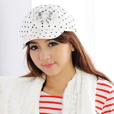 Aimee Toff 水玉小帽沿晶亮蝴蝶時尚帽(米)