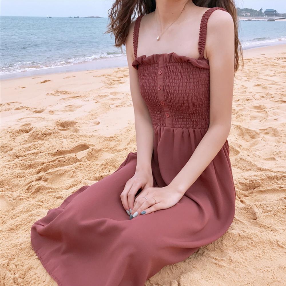 La Belleza素色鬆緊胸圍壓摺肩帶排釦吊帶背心洋裝