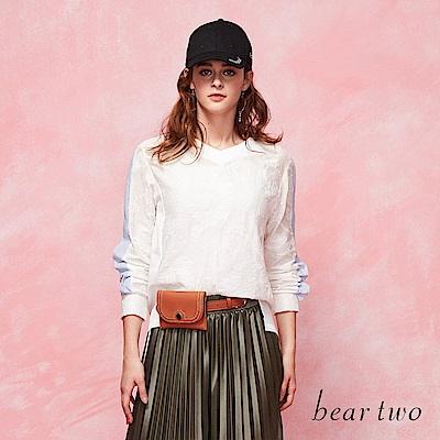 beartwo 花樣蕾絲氣質上衣(二色)