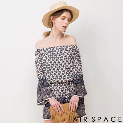 AIR-SPACE-BOHO圖騰一字領連身短褲-藍