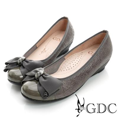 GDC典雅-蝴蝶結亮片楔型真皮低跟鞋-槍灰色