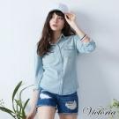Victoria 雙口袋基本版牛仔襯衫-女-淺藍