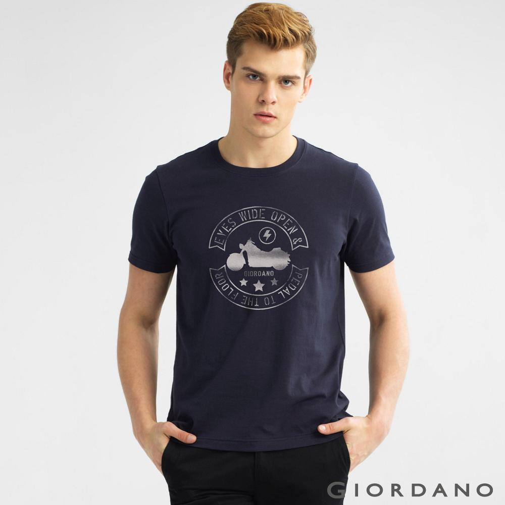 GIORDANO 環保圖案字母印花純棉修身短袖T恤-42 標誌海軍藍色