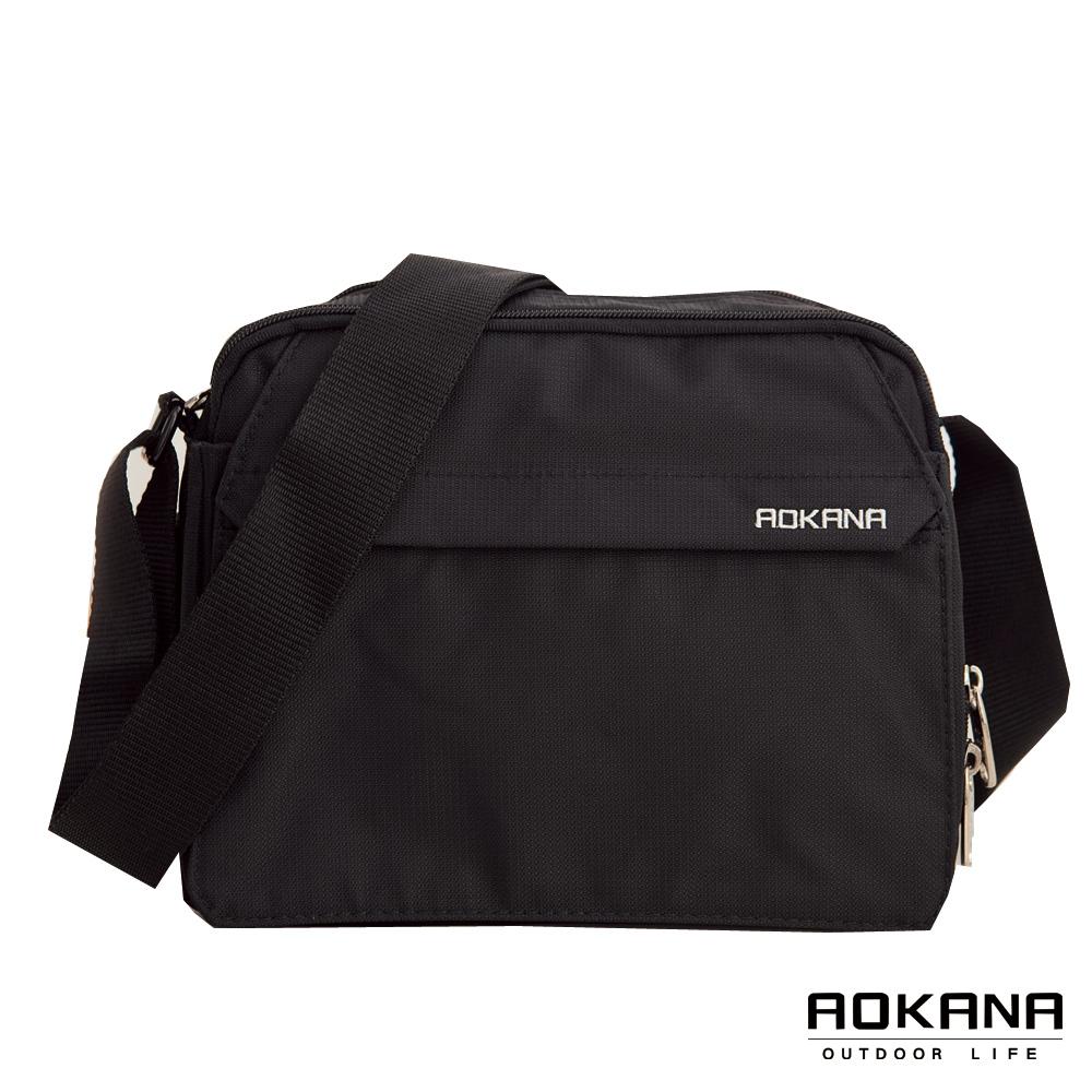 AOKANA奧卡納 台灣製造 YKK拉鍊 防潑水多隔層旅行商務側背包(黑)02-011
