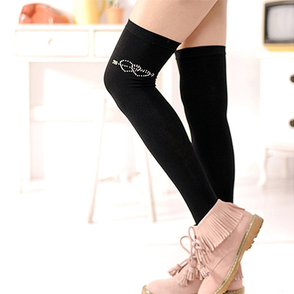 Aimee Toff 彈性百搭款鑽亮圖飾膝上襪(雙心)