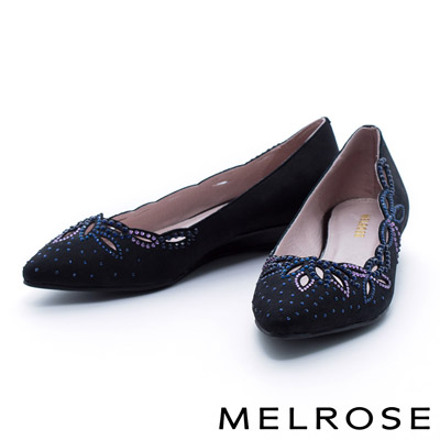 MELROSE-雕花晶鑽典雅羊皮尖頭楔型低跟鞋-黑