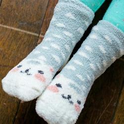 BEBEZOO 韓國 灰色小貓珊瑚絨襪