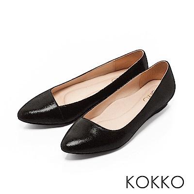 KOKKO - 大城小愛真皮尖頭斜口平底鞋-成熟黑