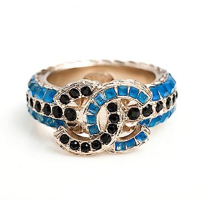 CHANEL 黑藍水鑽立體雙色戒指 #52/金色