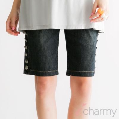 愛俏咪I charmy可調節彈性腹圍鬆緊側邊鈕扣造型及膝牛仔短褲