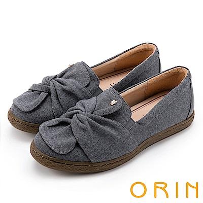 ORIN 俏麗女孩 扭結花瓣牛皮平底便鞋-灰色