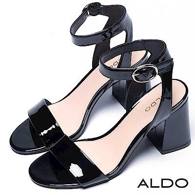 ALDO 原色亮面橢圓金屬釦梯字粗跟涼鞋~尊爵黑色