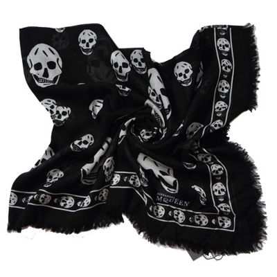 Alexander McQueen 經典骷髏流蘇邊混紡絲巾(黑色)