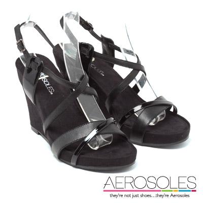 AEROSOLES 都會風情異材質交叉楔型涼鞋~個性黑