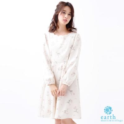 earth music 滿版甜美印花長袖洋裝