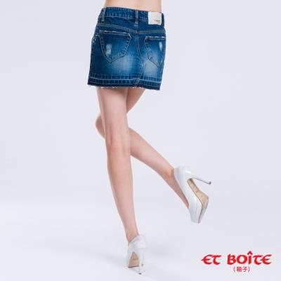 ETBOITE 箱子 BLUE WAY le jean繡小花短裙
