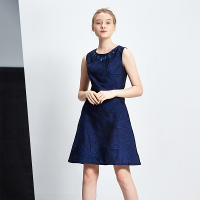 ICHE 衣哲 立體提花絲質釘珠造型禮服洋裝