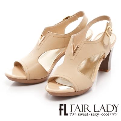 Fair Lady 復古V口挖空粗跟涼鞋 卡其