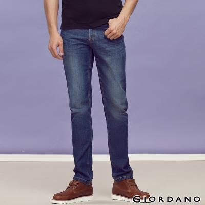 GIORDANO-男裝中腰標準窄管牛仔褲-57中藍
