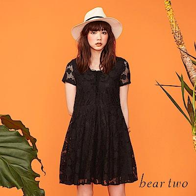 beartwo 花朵布蕾絲氣質款小洋裝(黑色)
