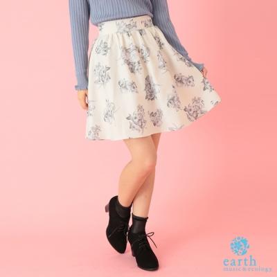 earth music 蝴蝶緞帶花卉圖案膝上短裙