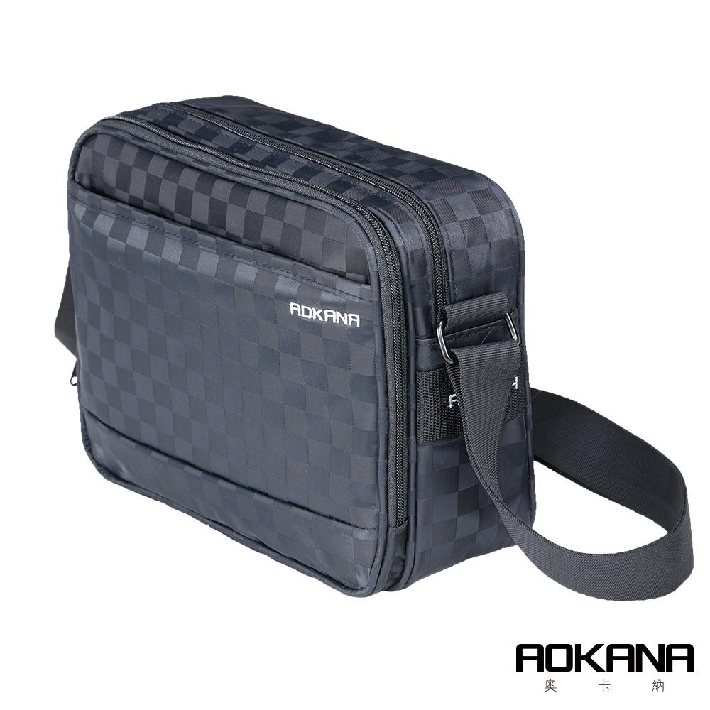 AOKANA 商務旅者Elda系列 中型商務出差斜背包多隔層設計(黑格)02-036D1