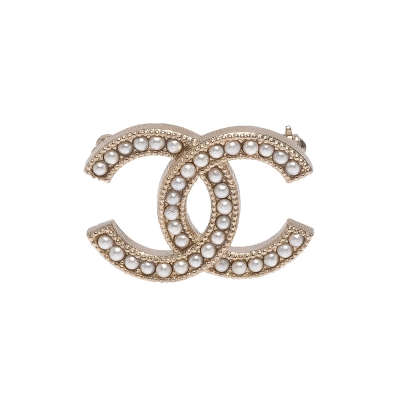 CHANEL 香奈兒經典雙C LOGO麥穗滾邊設計珍珠鑲嵌胸針(金)