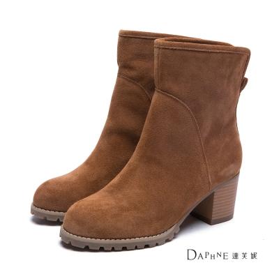 達芙妮DAPHNE-短靴-後岔麂皮粗跟短靴-棕