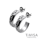 TiMISA 格緻星光-寬版 純鈦耳環一對
