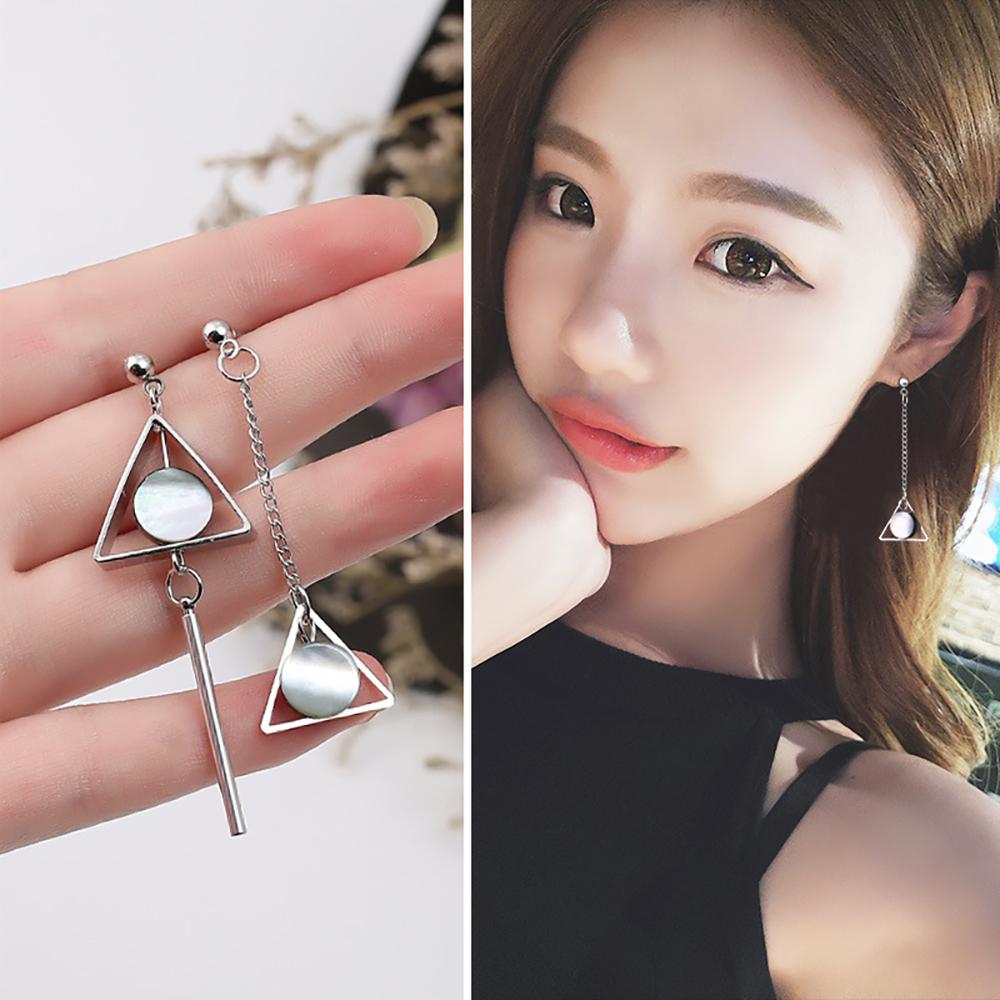 梨花HaNA 韓國不對襯美感黑金三角人氣耳環