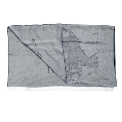 Alviero Martini 義大利地圖 復古渲染地圖絲巾-黑(80X180)