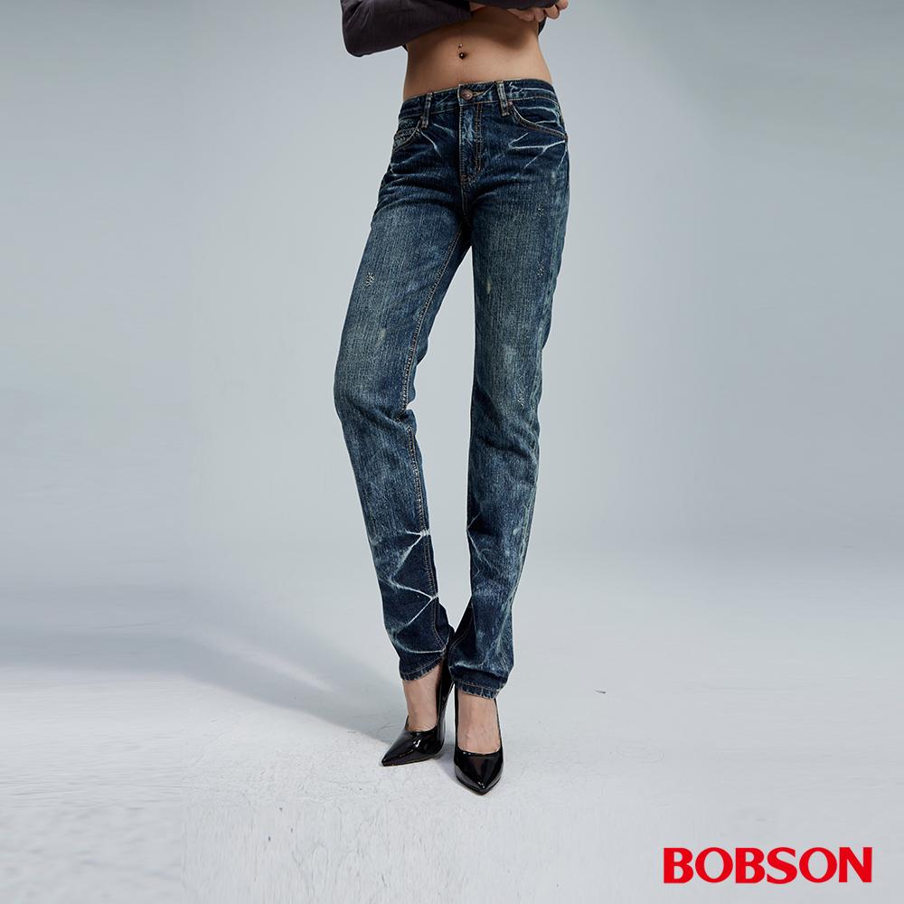 BOBSON 女款鬆垮中藍直筒牛仔褲