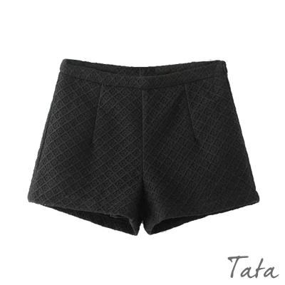 時尚百搭毛呢短褲-共二色-TATA