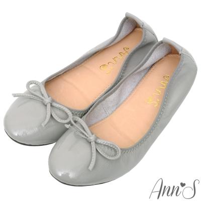 Ann'S輕膚系列-柔軟漆皮芭蕾舞真皮平底娃娃鞋-灰